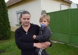 Hét lakóház az itt maradó családokért